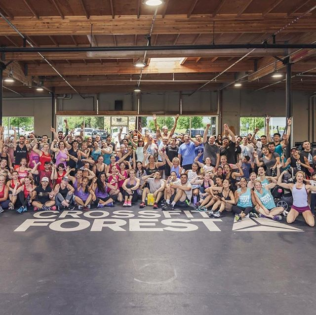 An amazing crowd of people getting shit done. Had a great time shooting the @crossfitforest Bonfire event this weekend.